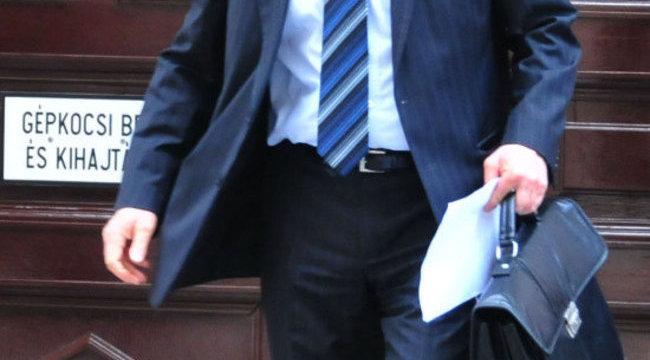 Feljelentették a magyar sztárügyvédet
