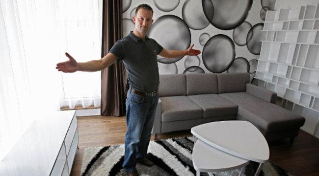 Alekosz megszívta: elveszti a lakását