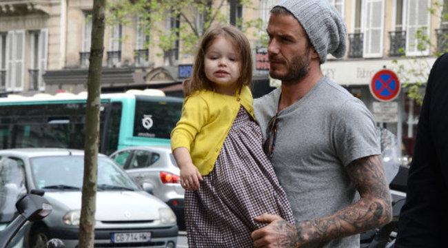 Toronyba zárná kislányát David Beckham