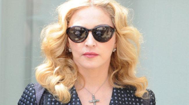 Madonna aranyfogat villantott