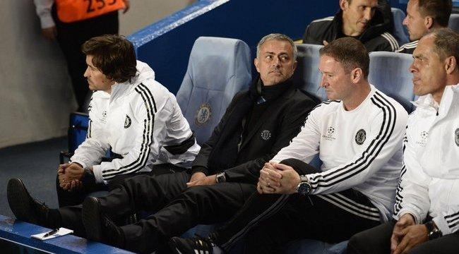 Mourinho ajándékkal vigasztalta a cseréket
