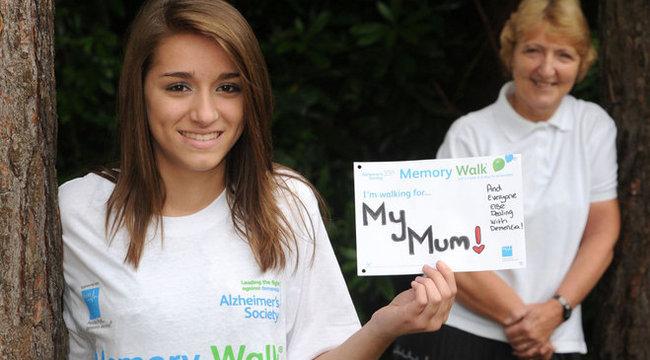 Szörnyű betegsége miatt saját lányát sem ismeri fel az anya