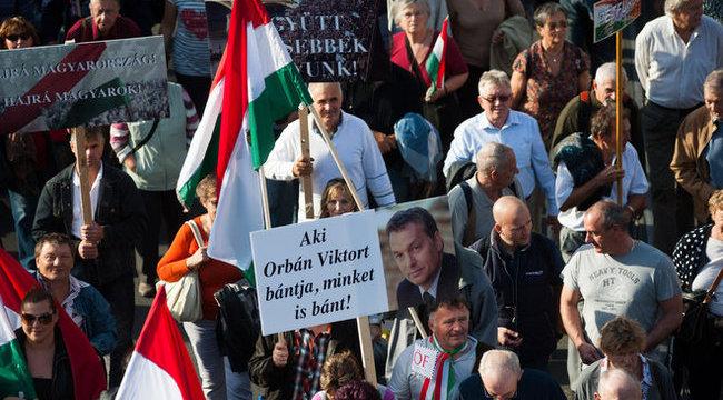 Már Orbán is kampányol
