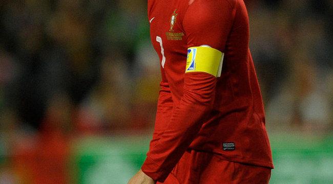 Ronaldo lefocizta Ibrahimovicot