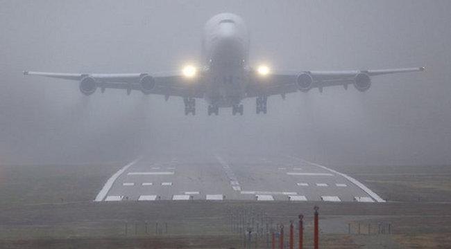 Éljen: leszállt a levegőben eltévedt Boeing