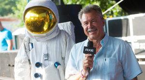 Űrhajós is indul a választáson
