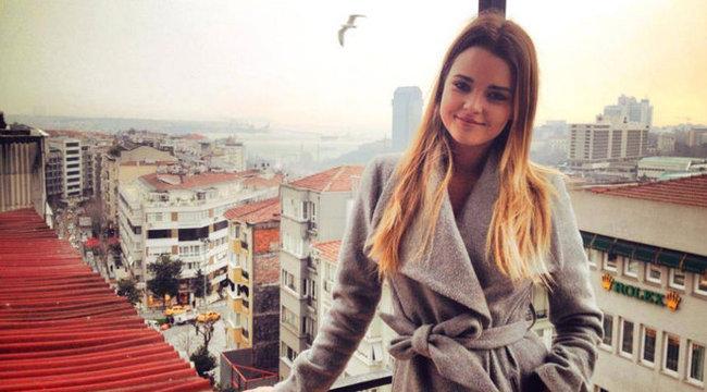 Kárpáti Rebeka a törököknél keres modellmunkát
