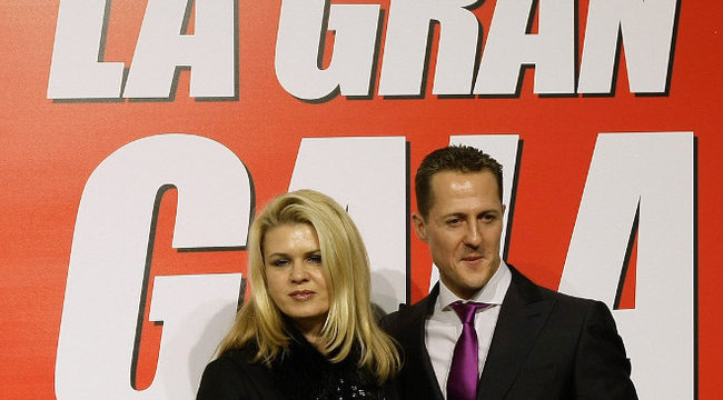 Fordulat: Schumachert hazaengedik?