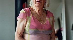 52 éve házas a hermafrodita prosti - megrázó képek