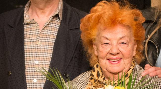 Lorán Lenke: 87 éves virsli lettem