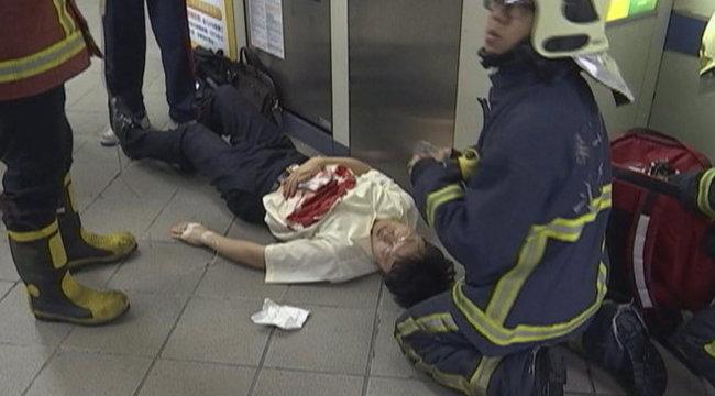 Egyetemista késelte halálra az utasokat