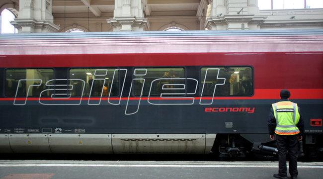 Várost nézett a csecsemőgyilkosság után a Budapest-München vonaton szülő nő