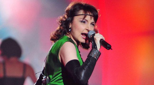 Piaffal koncertezik Szíj Melinda