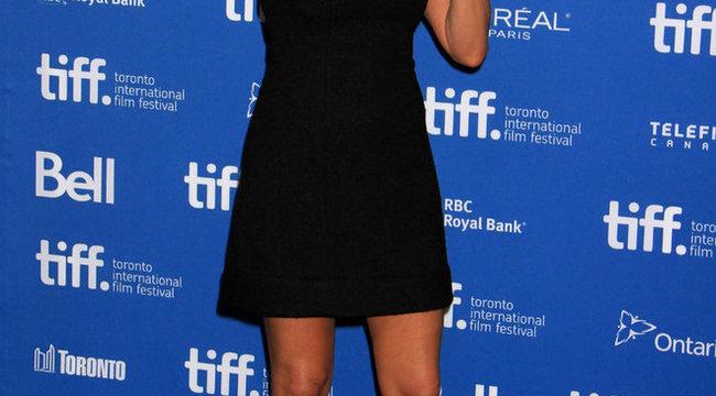 Hoppá: Jennifer Aniston bevallotta, hány kiló