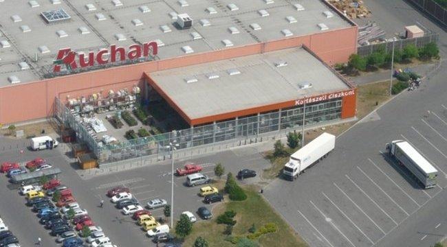 Nincs meg a gyanús folyadék az Auchanban