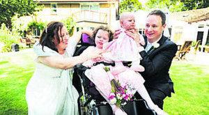 Megrázó: sírva házasodtak össze a hospice-ban