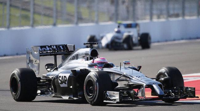 Tény: Button végleg  kiszáll az F1-ből