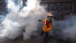 Ötven napja tüntetnek Venezuelában