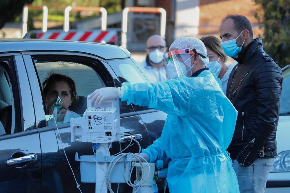 Kritikus koronavírus helyzet Nápolyban